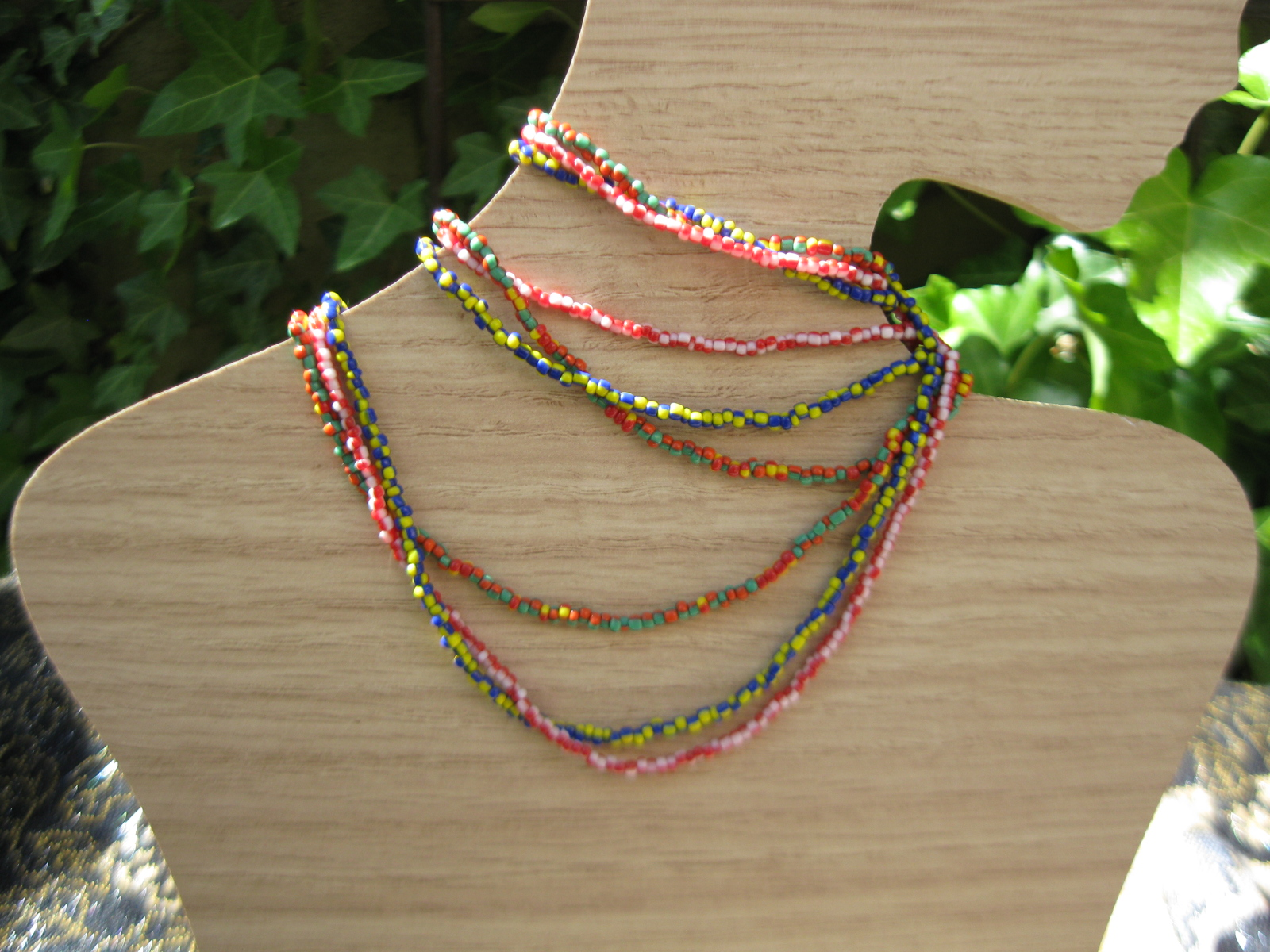 bi-color-necklace-by-ta-meu-bem_16840404087_o.jpg