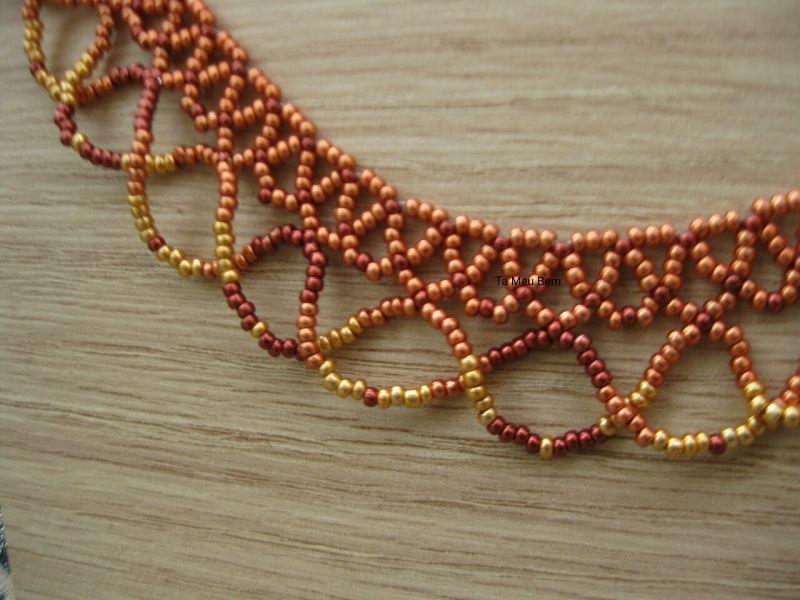 chevron-seed-beads-necklace-ta-meu-bem_17047825365_o.jpg
