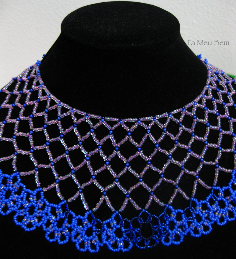 flowers seed bead necklace.jpg