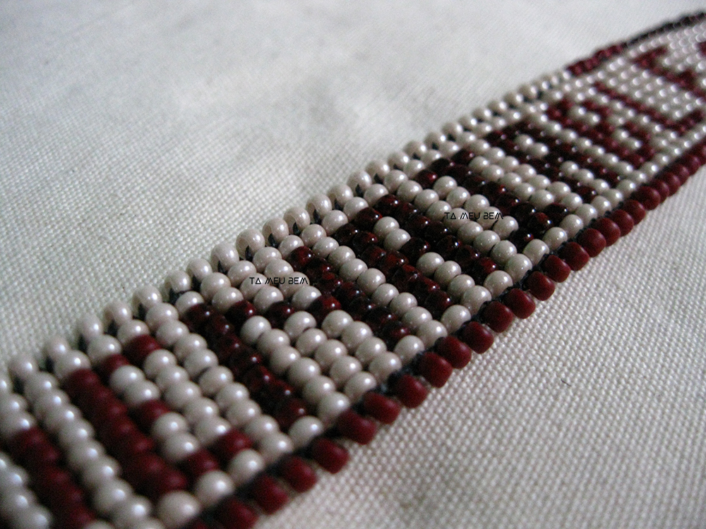 Naia beadwork Ta Meu Bem seed beads.jpg