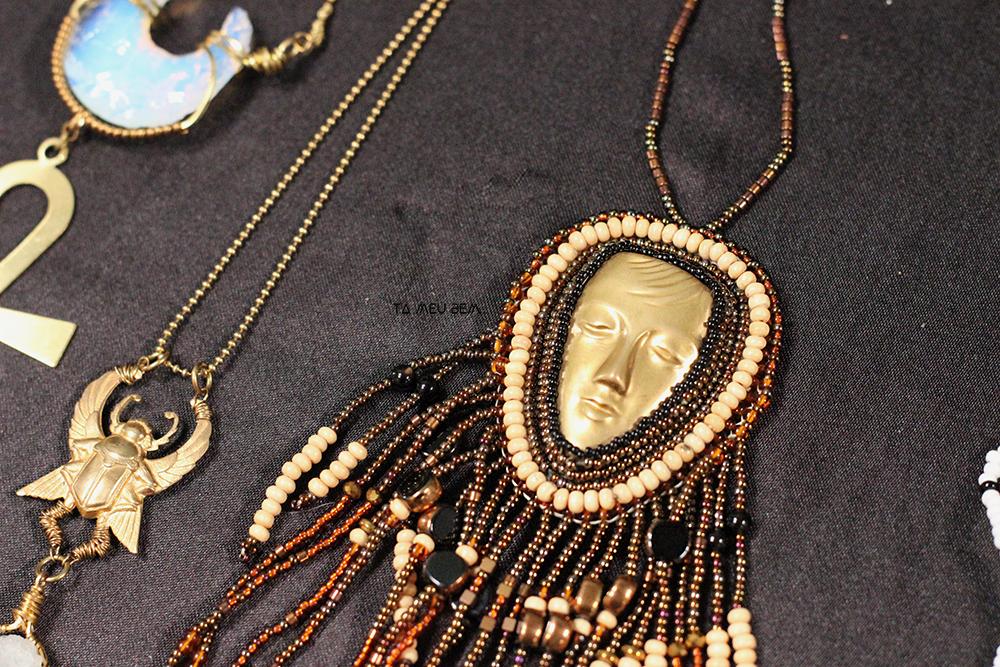bead embroidery - ancestors by ta meu bem.jpg