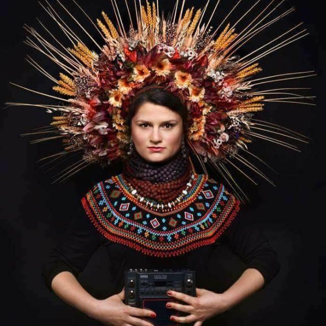 irina+haluschak+necklace+fashion.jpg