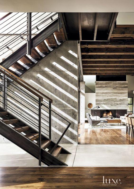 metal stairs.jpg