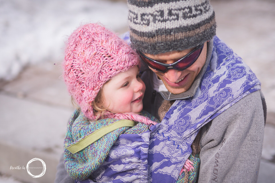 Father and Daughter babywearing in Byward Market in purple Oscha Wrap