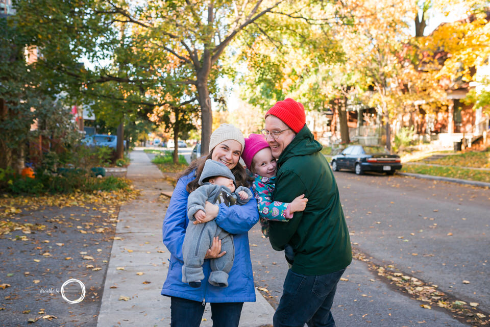 Ottawa family photos outside in the fall.