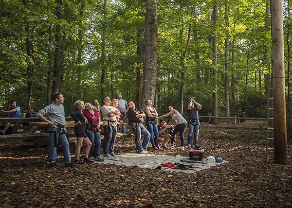 picnic-tables_outdoor_teambuilding_adventure.jpg