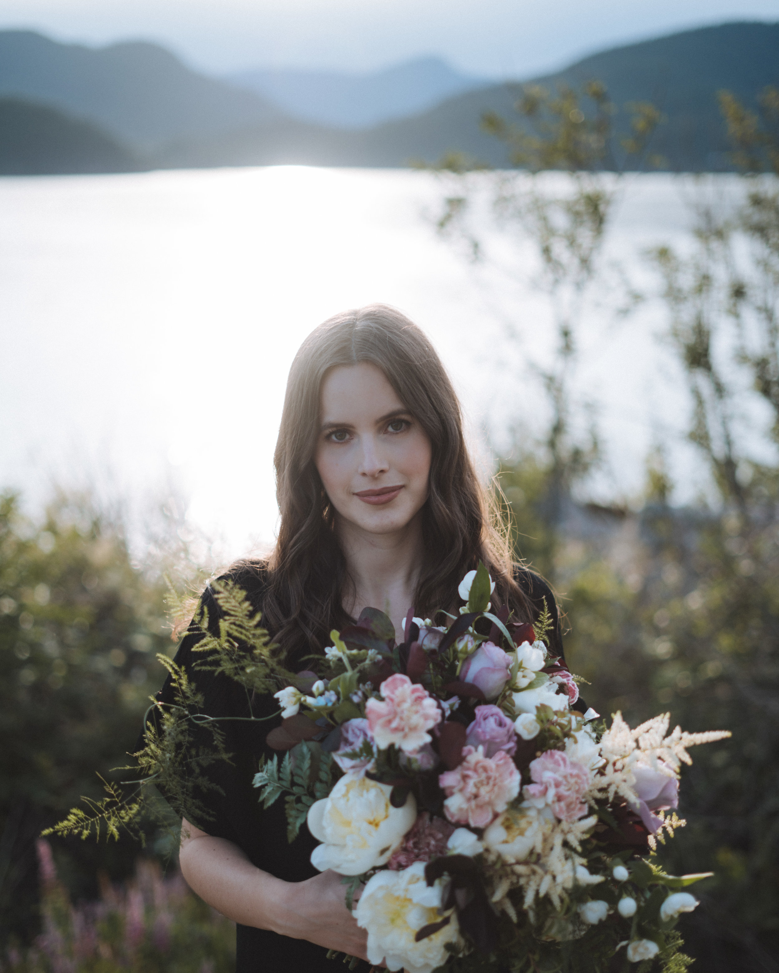 Vancouver-Canada-Travel-Elopement-Adventure-Wedding-Bouquet-Photographer-Emma-Rae.jpg