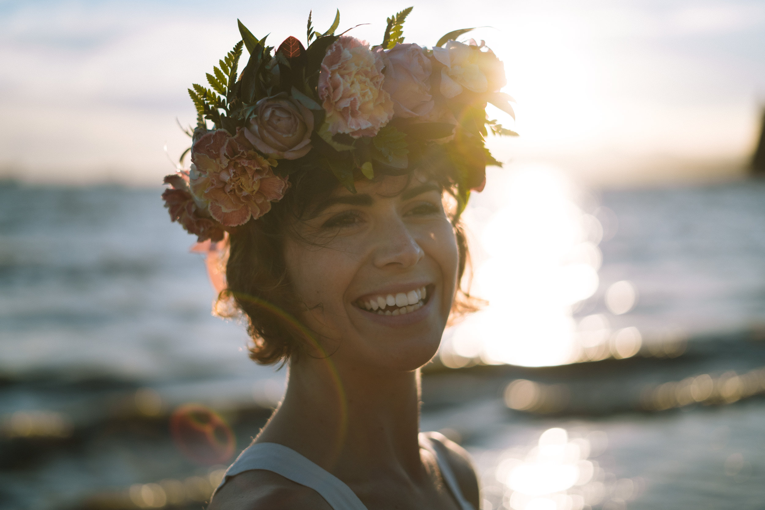 Vancouver-Canada-Travel-Elopement-Adventure-Wedding-Bouquet-Flower-Crown-Photographer-Emma-Rae.jpg