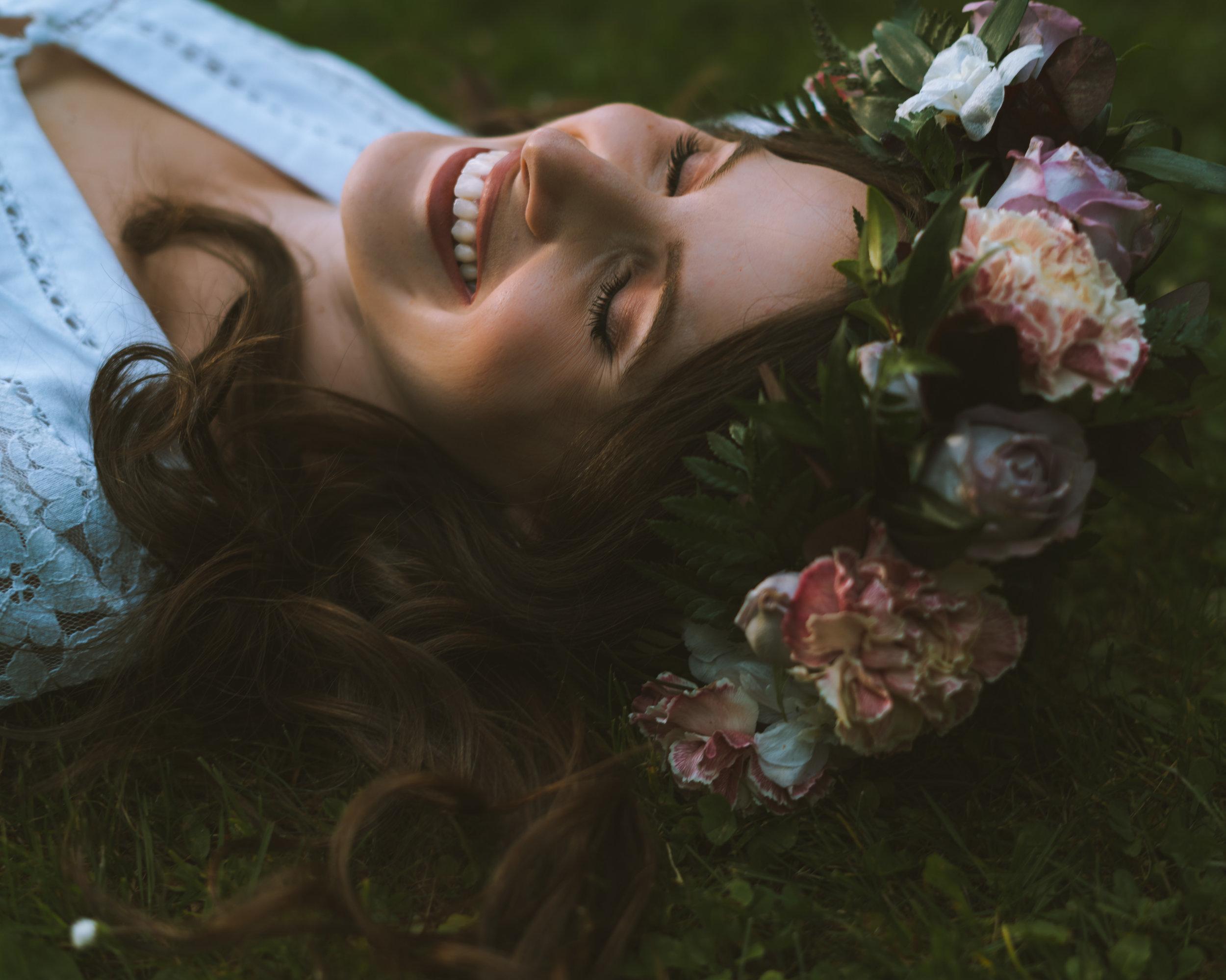 Vancouver-Canada-Travel-Elopement-Adventure-Wedding-Portrait-Photographer-Emma-Rae10.jpg