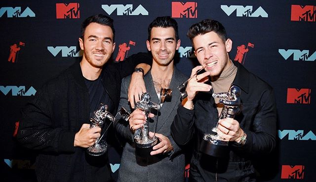 Your winners for Best Pop at the @vmas... @jonasbrothers!!!!!