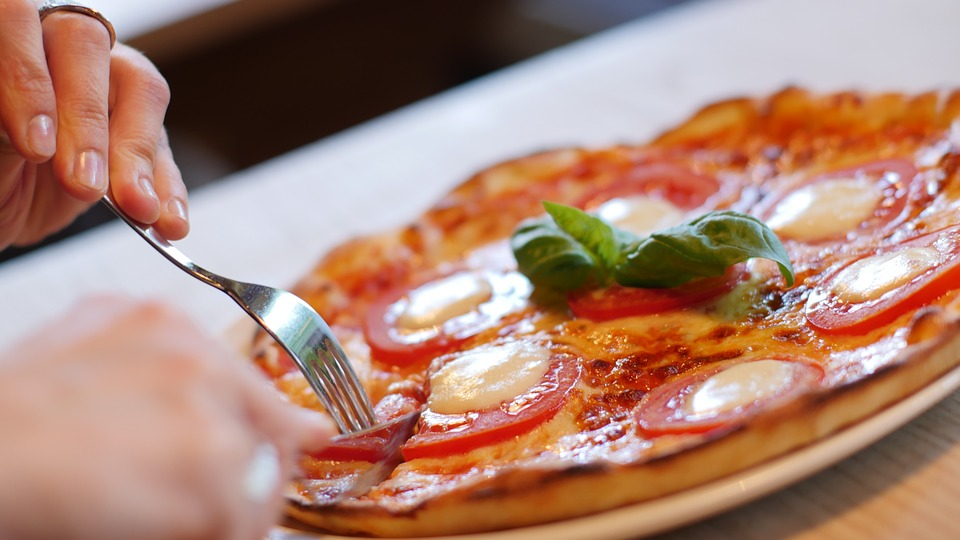 Finding the best pizza places in Las Vegas