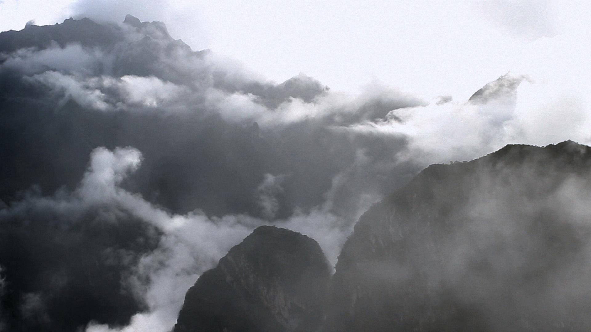Les montagnes invisibles-3web.jpg