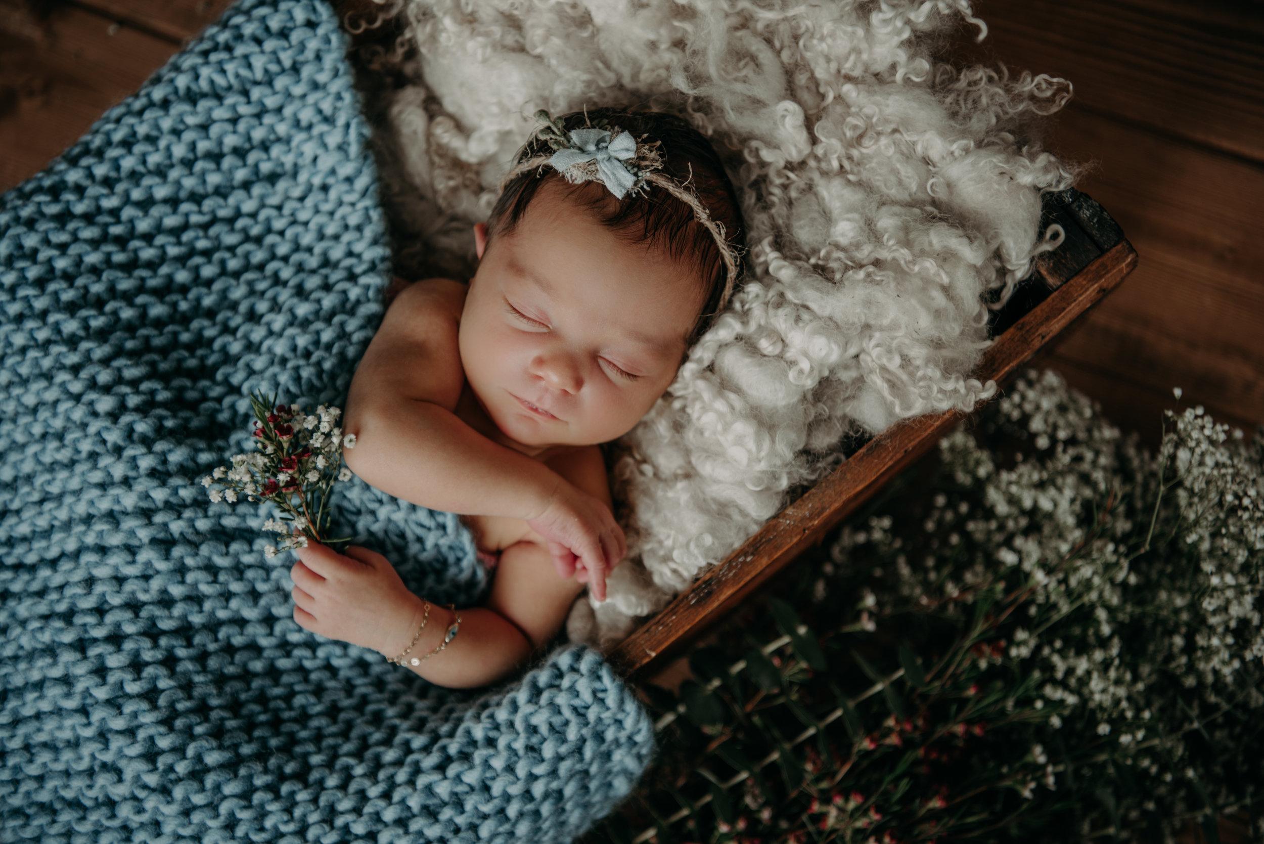 newborn olivia-9167.jpg