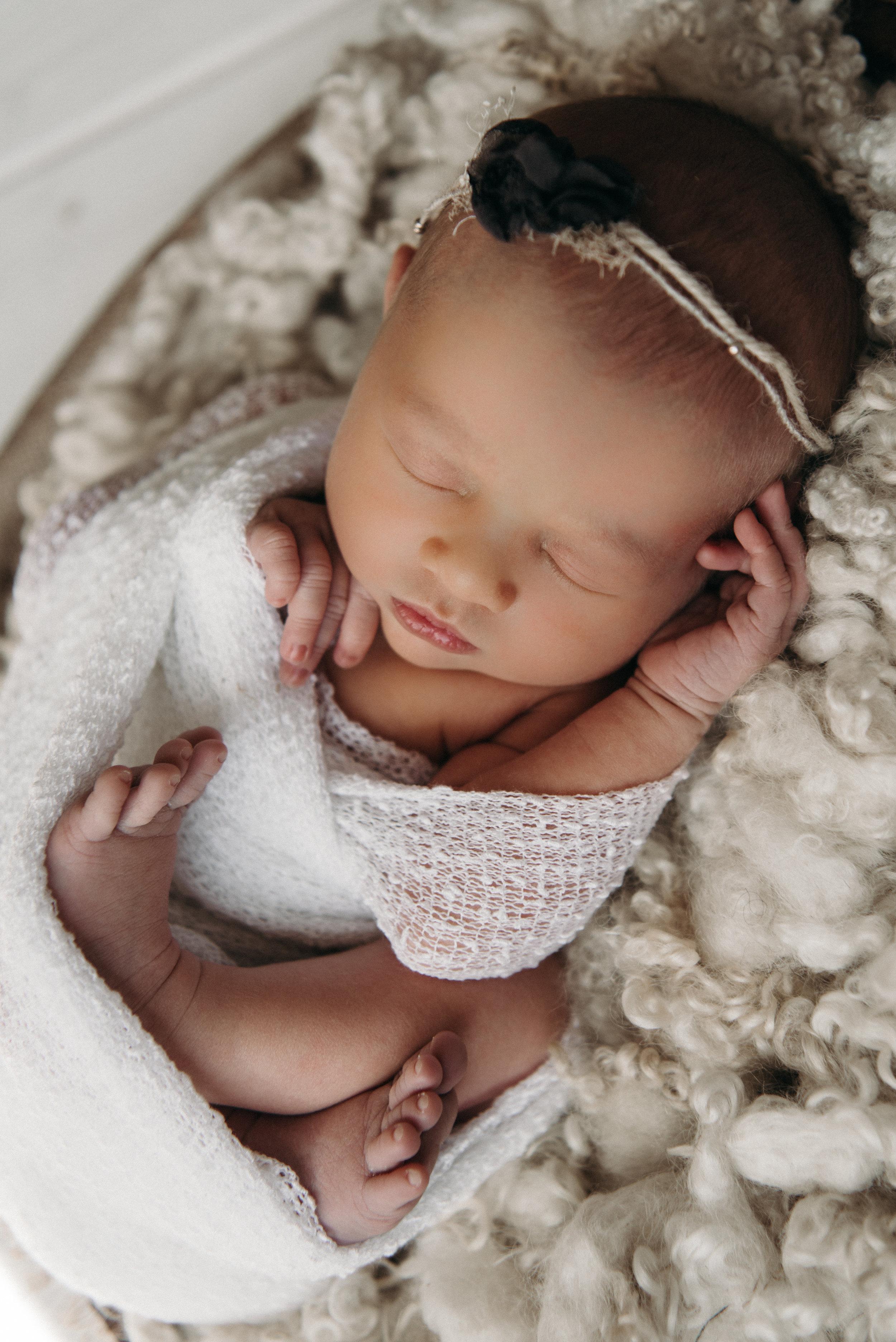 Tessa Newborn Photos - Sunshine Coast BC Photographer - Laura Olson Photography-4678.jpg