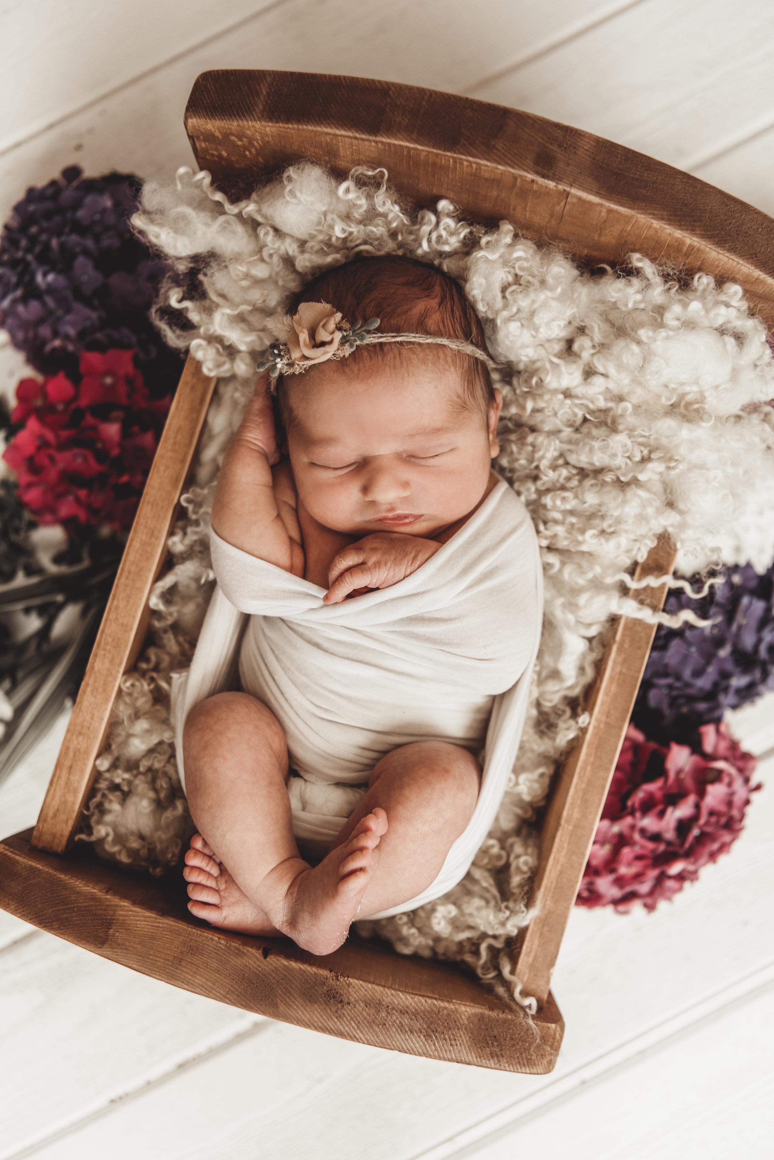 Newborn Ruby Rose - Kathleen Woods - Laura Olson Photography - Sunshine Coast BC Photographer20.jpg