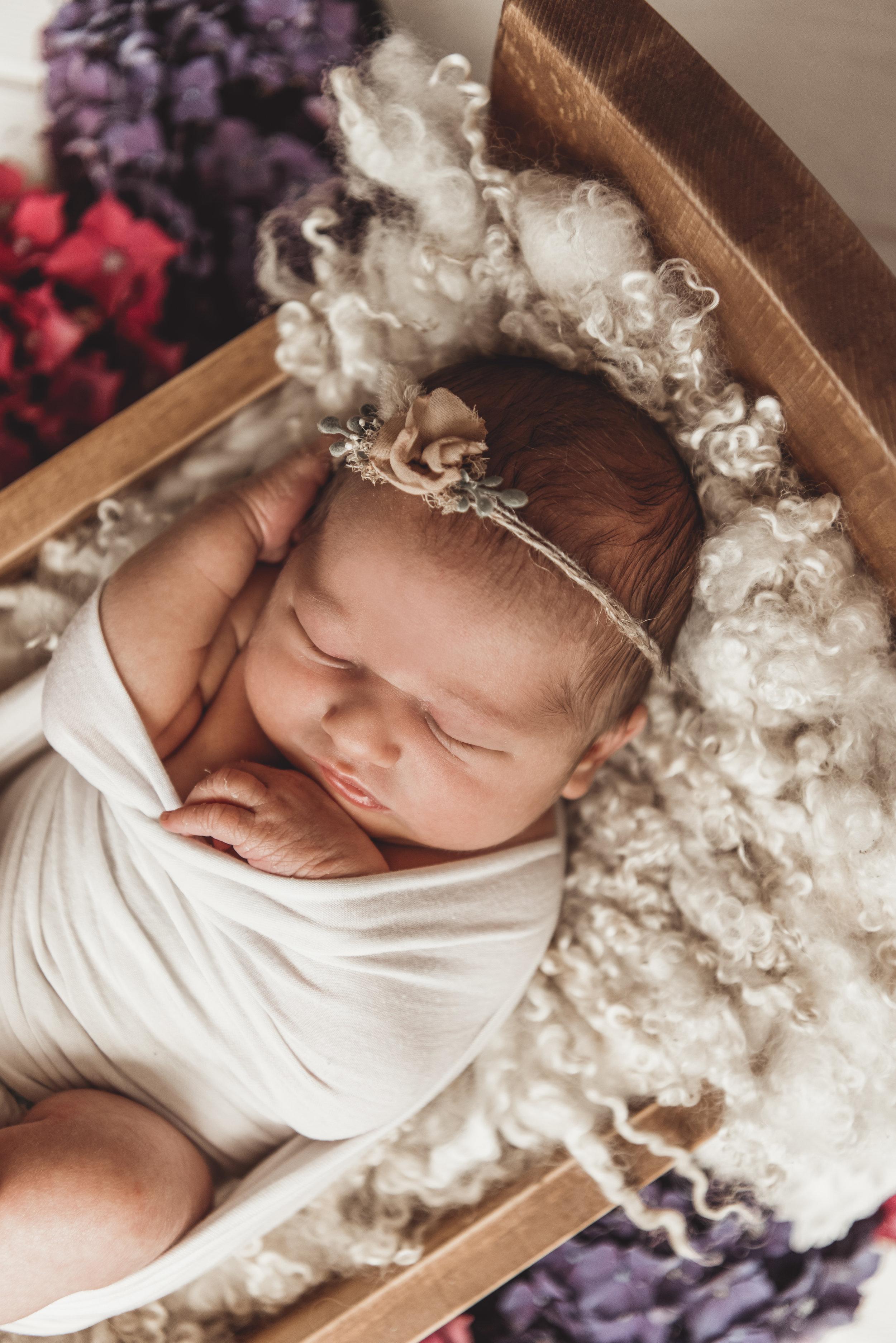 Newborn Ruby Rose - Kathleen Woods - Laura Olson Photography - Sunshine Coast BC Photographer25.jpg