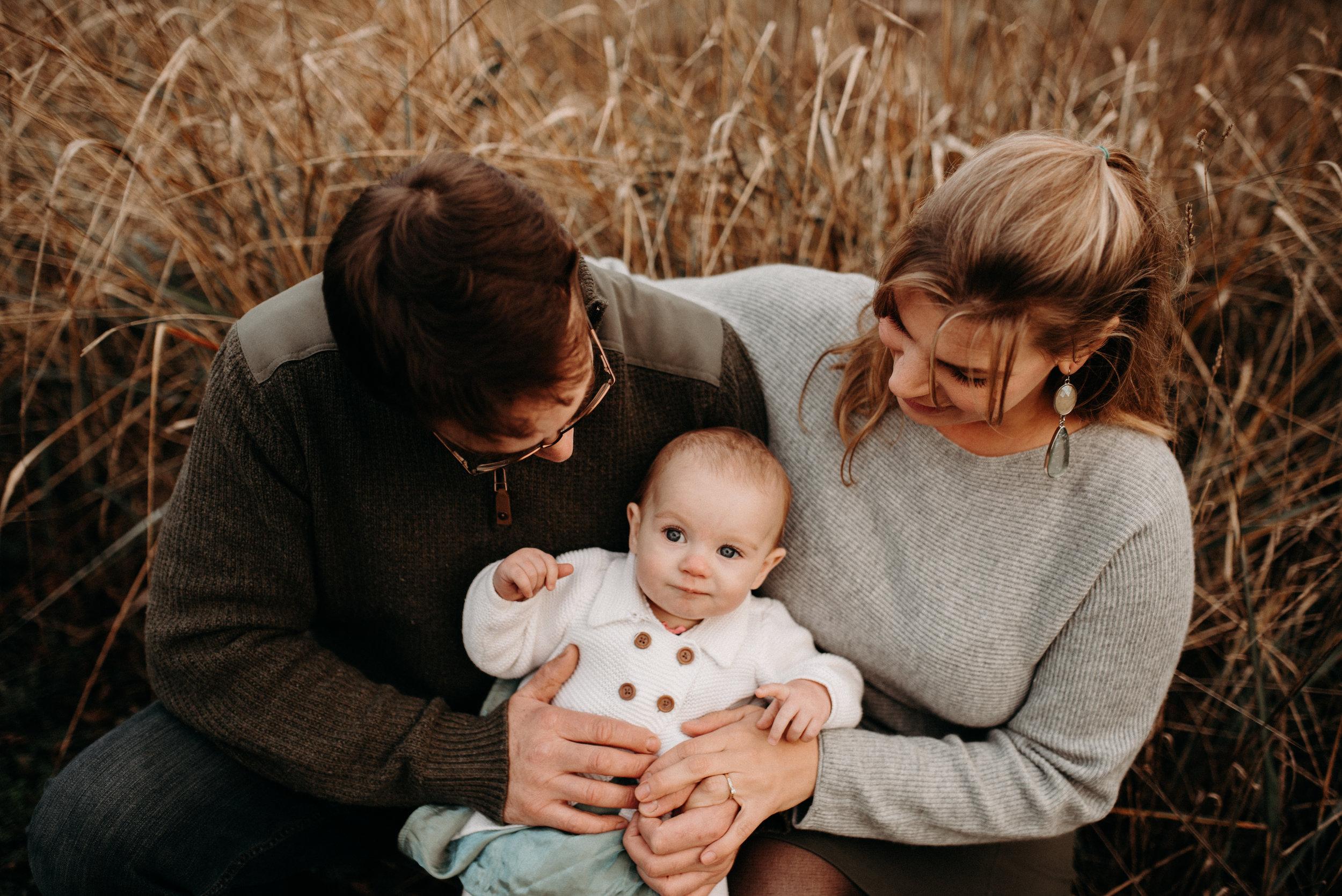 Teresa,Chris&CoralineDecember10,2018-LauraOlsonPhotography-SunshineCoastBCPhotographer-8581.jpg