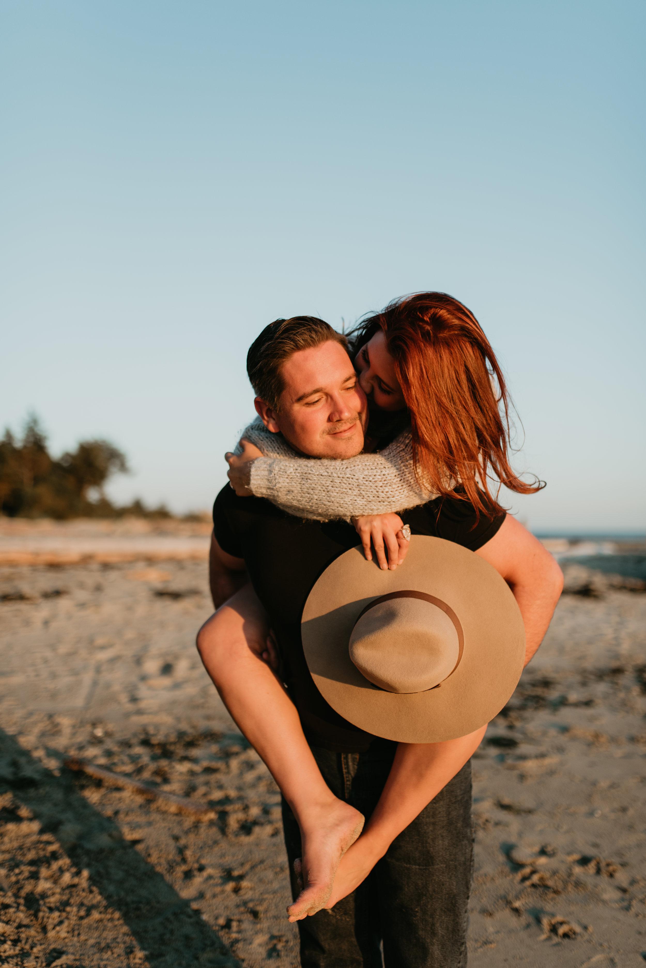 Kaylyn&SeanSeptember13,2017-LauraOlsonPhotography-SunshineCoastBCPhotographer-0600.jpg