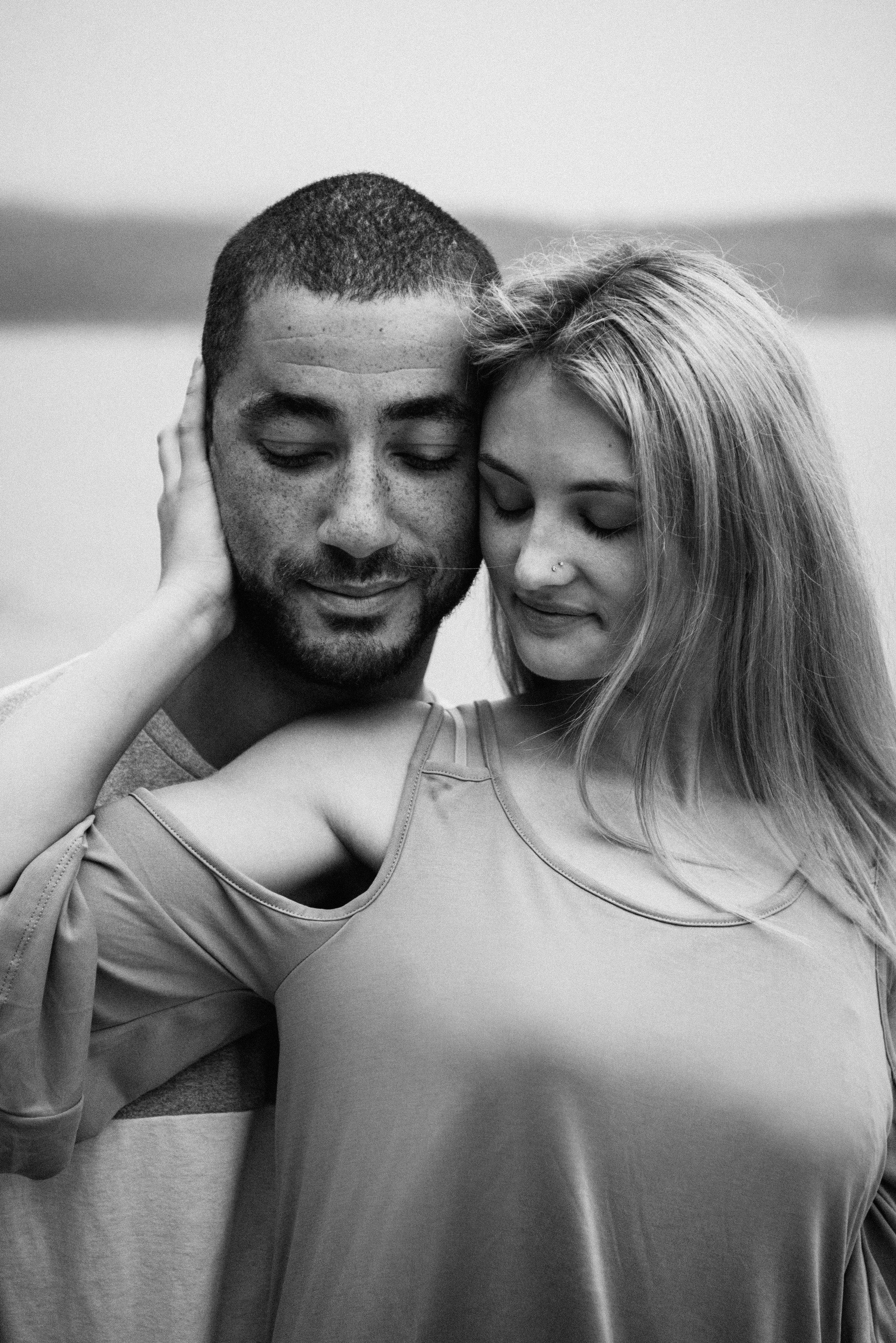 Sierra & Tyler Summer Beach Couples Session - Laura Olson Photography - Sunshine Coast BC Photographer-2575.jpg