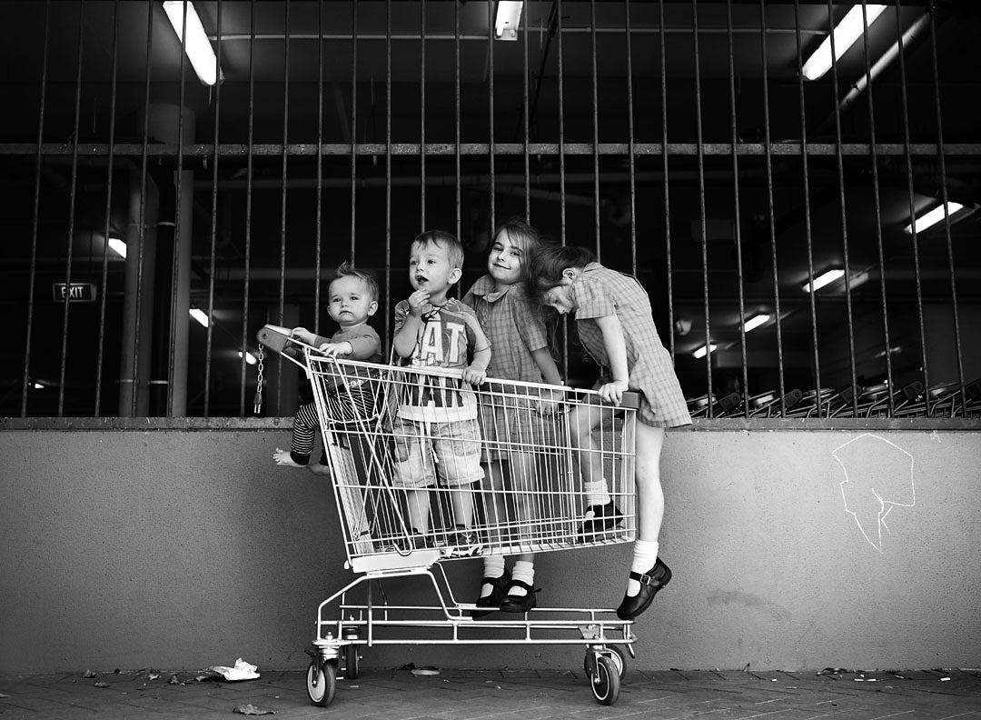 family documentary photography shopping with kids melbourne photographer.jpg