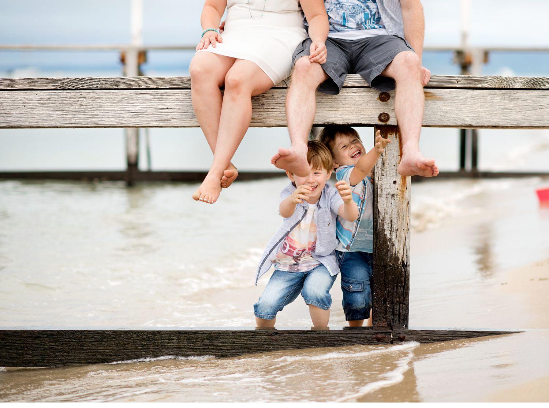 fun-family-photography-sorrento-beach.jpg