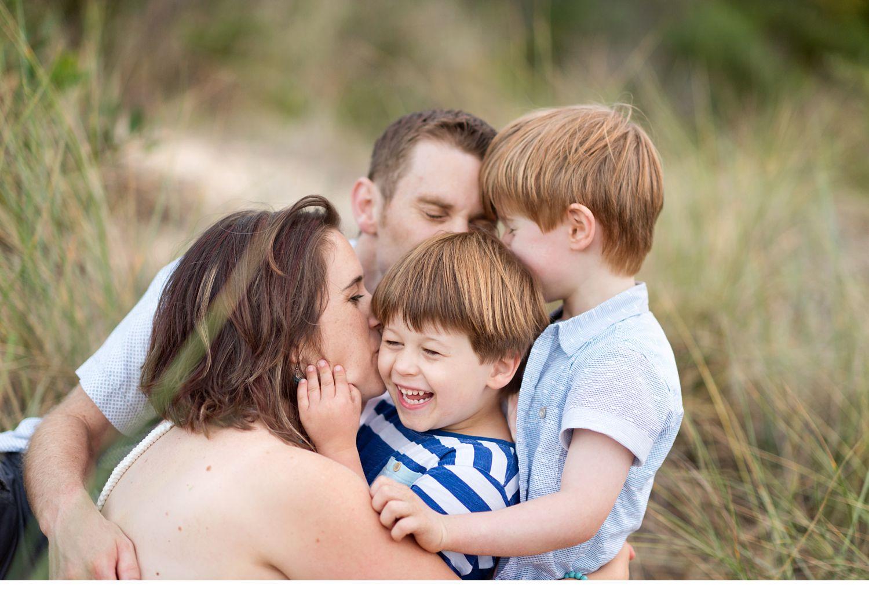 love-joy-connection-family-photography-city-casey-melbourne.jpg