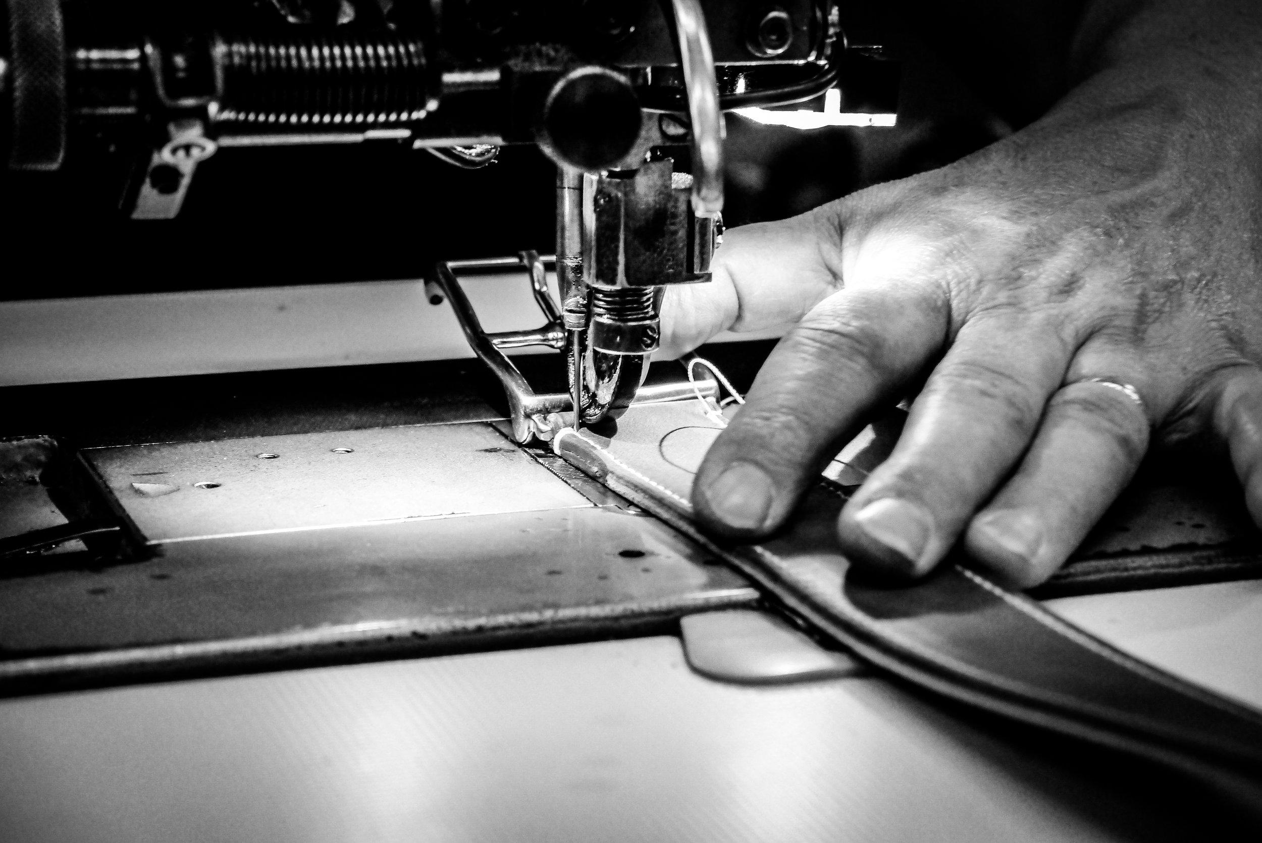 couture-maroquinerie-ceinture-locre-paris-locre-cuir-maison-locre-maroquinerie