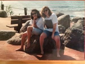Liz and Hana giving you 90s college realness