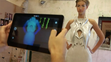 Annouk-Wipprecht-3D-printed-fashion-collection-for-Audi_dezeen_11.jpg