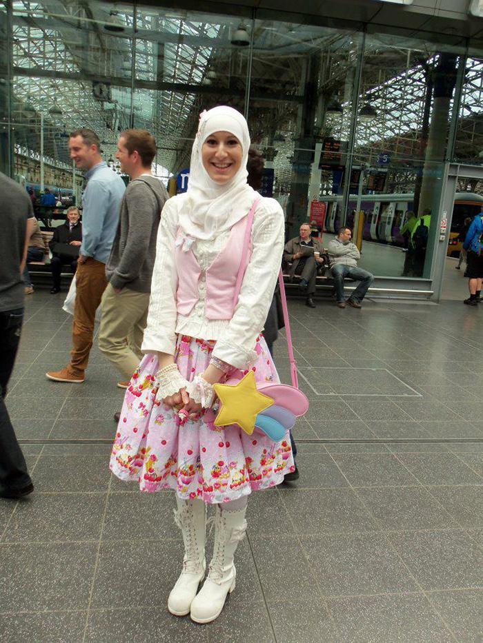 muslim-lolita-hijab-japanese-fashion-anime-24-1.jpg