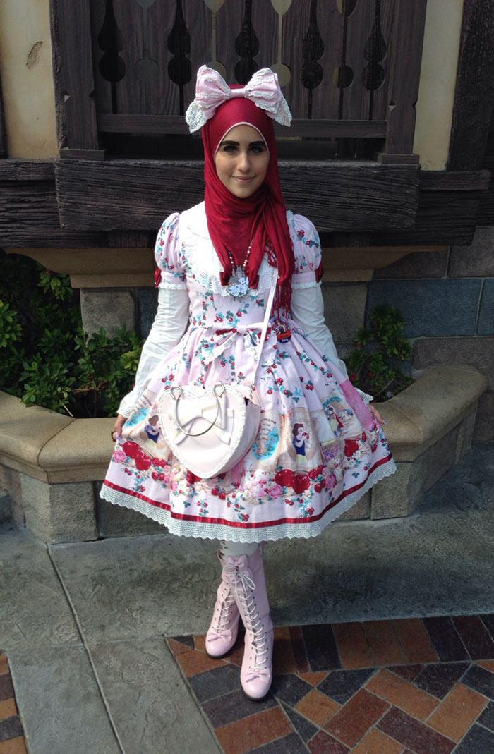 muslim-lolita-hijab-japanese-fashion-anime-40-1.jpg