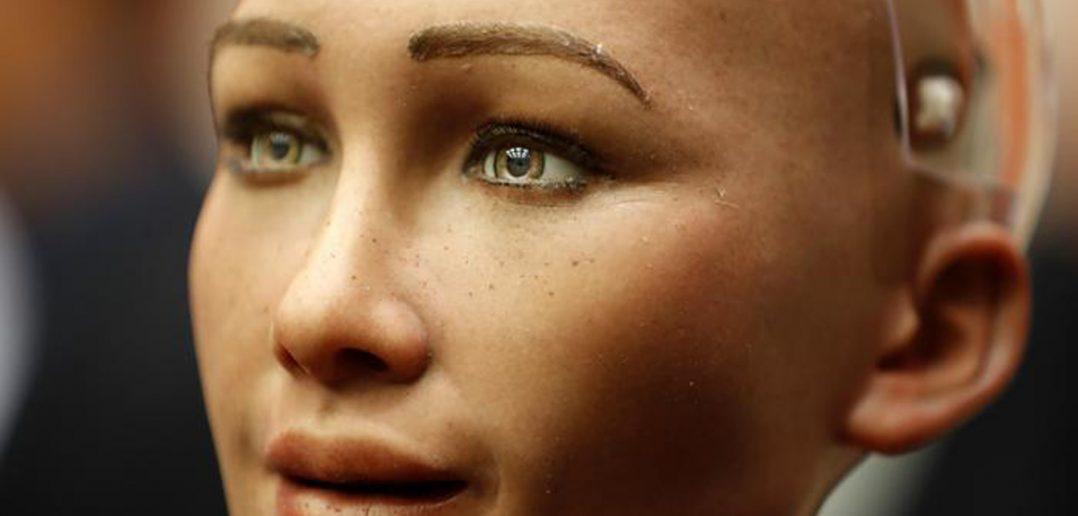 sofia-robot-receives-citizenship-1-1078x516.jpg