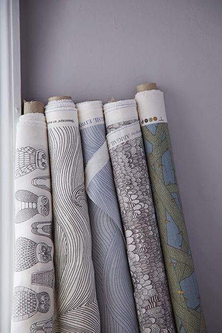 Abigail Edwards Wallpaper & Fabric