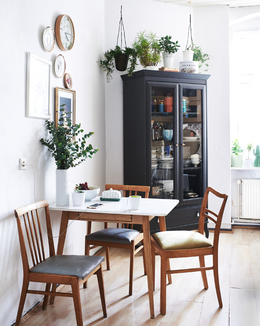 Plant filled small kitchen in Berlin Ikea