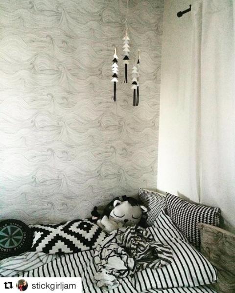 Seascape wallpaper in a bedroom