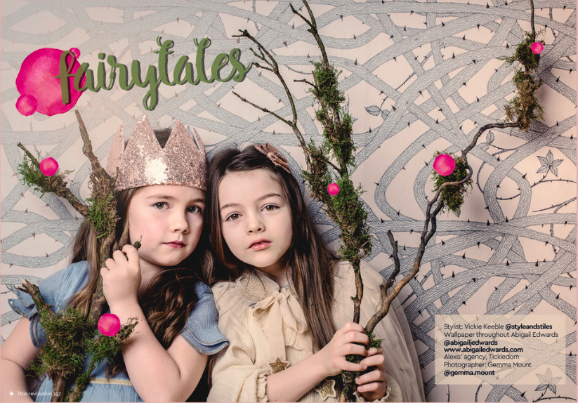 Brambleweb wallpaper Crown by  Fable Heart Blue dress by  Marks & Spencer Amber dress and cape by  Greenberry Kids Bow by  Pippa Pelo