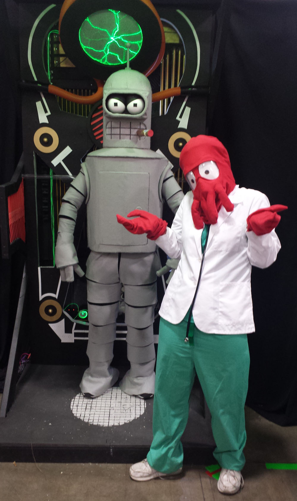 Bender_and_Zoidberg.jpg