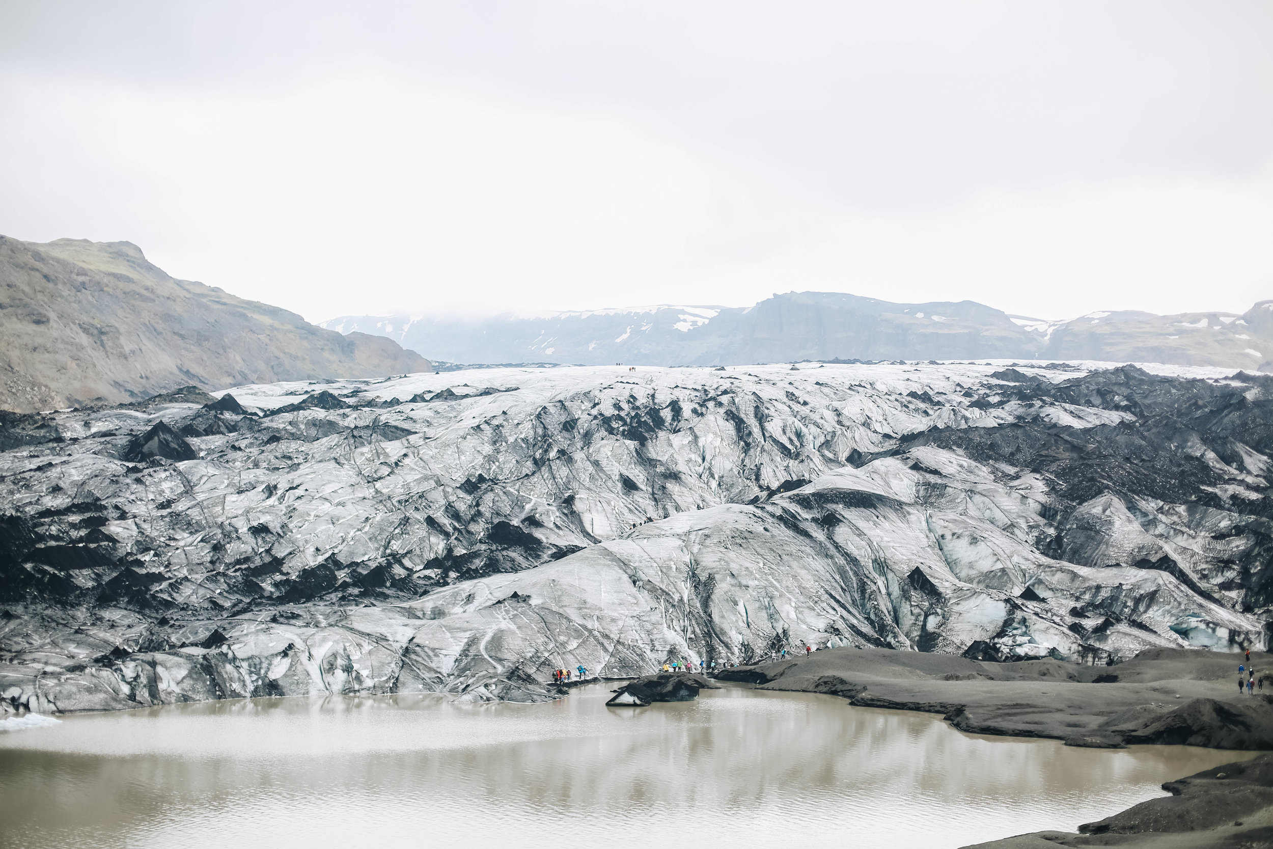 Solheimajokull_glacier.jpg