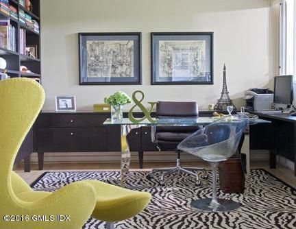 Of course, had i been paying attention and noticed this mock zebra rug, i might have changed my opinion