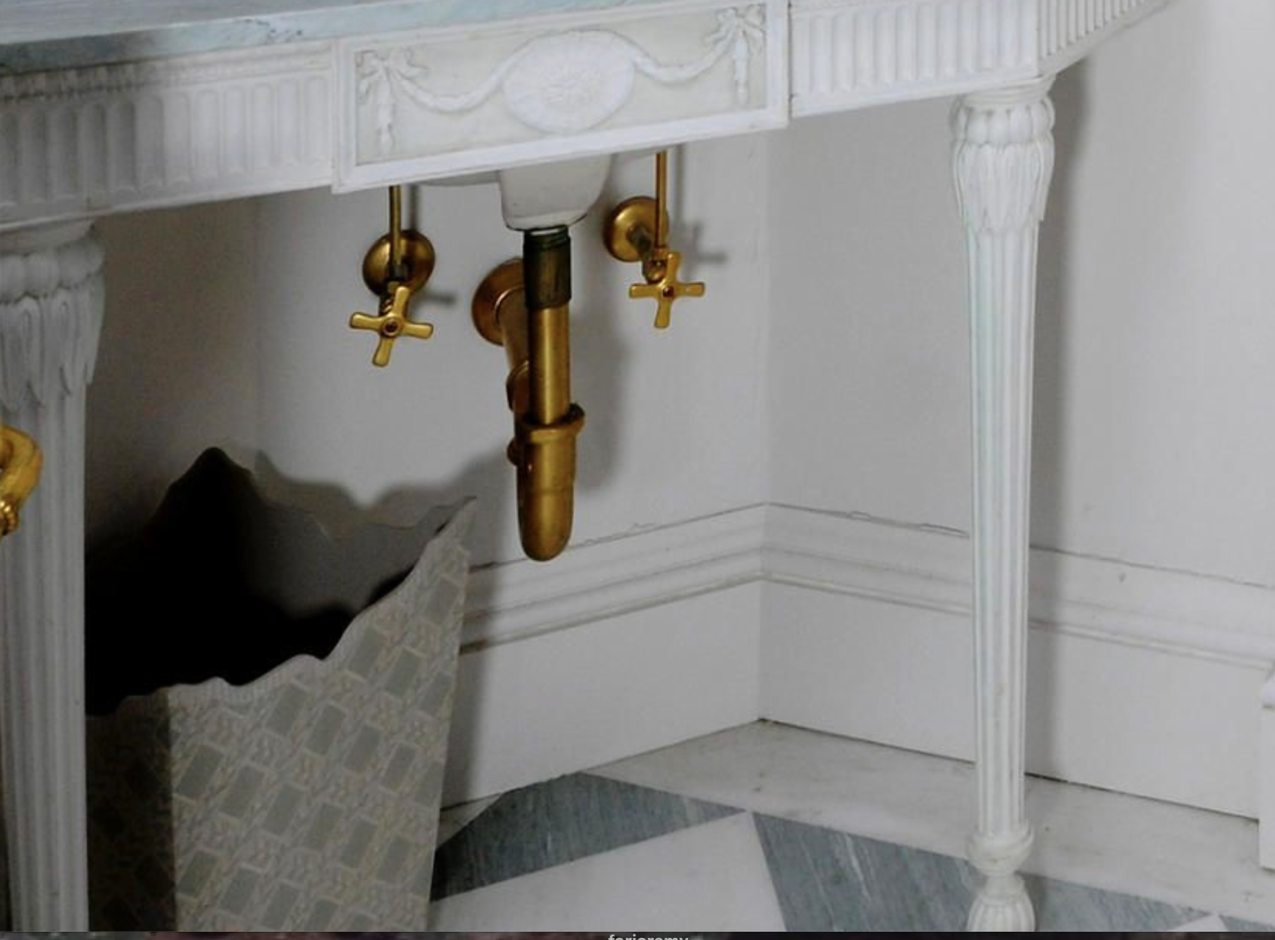 gold-plated sink trap: another contribution by Christopher Smallwood?