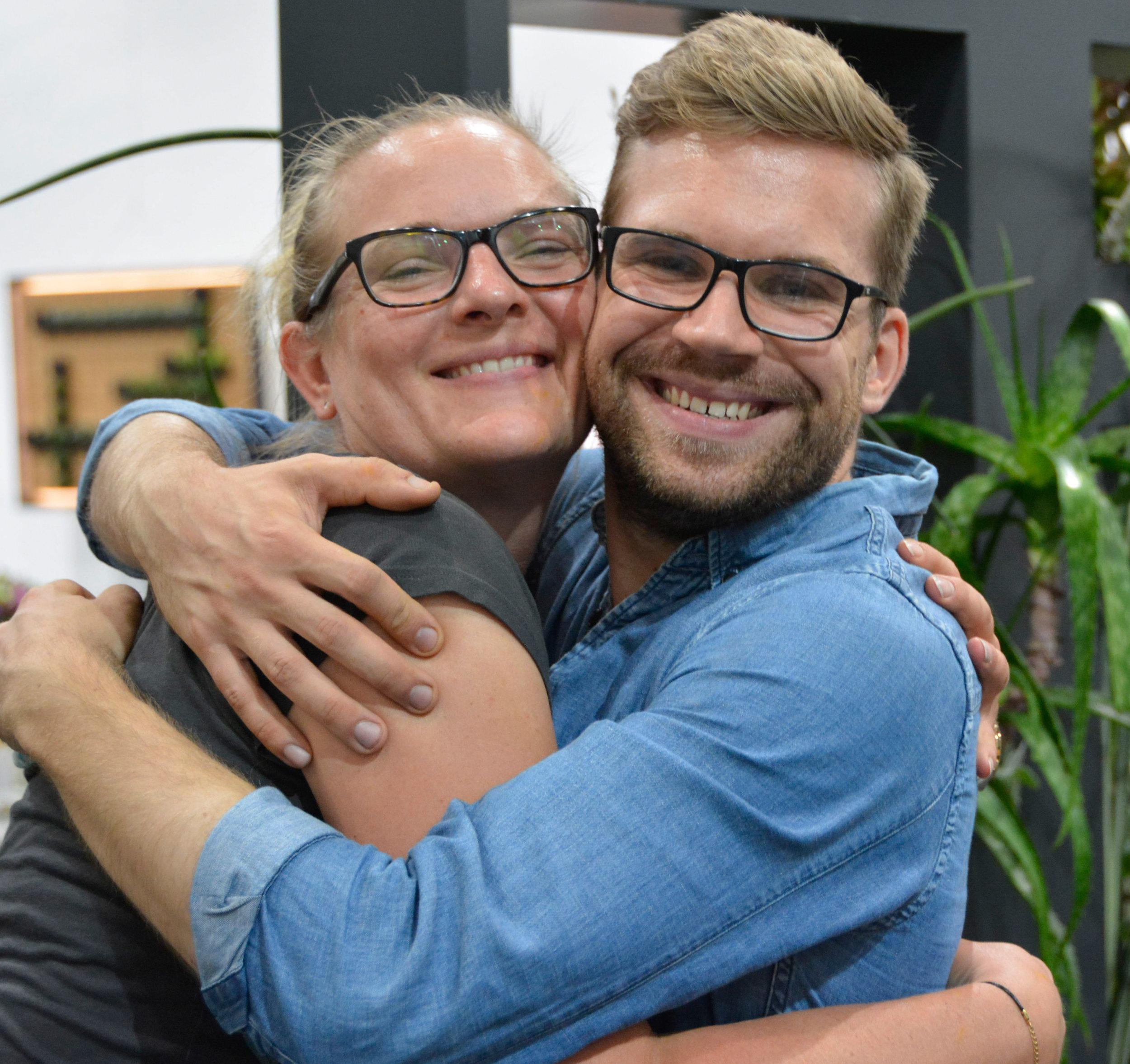 Seit 2015 sind die beiden Schulstandorte Wangen/CH und Innsbruck/A zusammengeschlossen. Durch diesen Schulterschluss kann die AoF den Meisteranwärtern noch optimalere Voraussetzungen bieten, auch der Zusammenhalt unter den Absolventen ist einzigartig. Freundschaften fürs Leben.