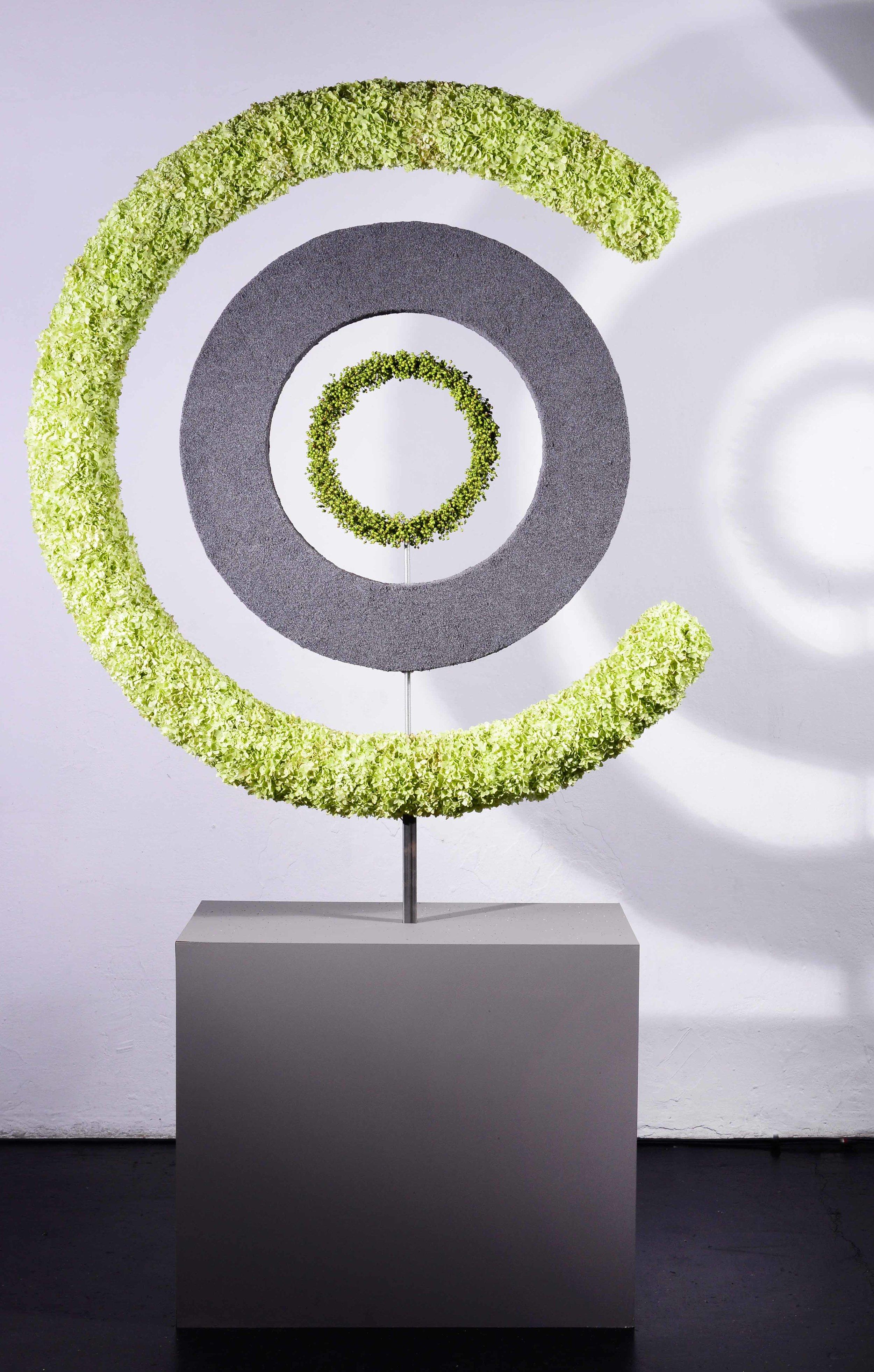 Ein Ring im Ring im Ring - eigenständige Kreise liess Fabienn Bänziger zu einem Ganzen werden.