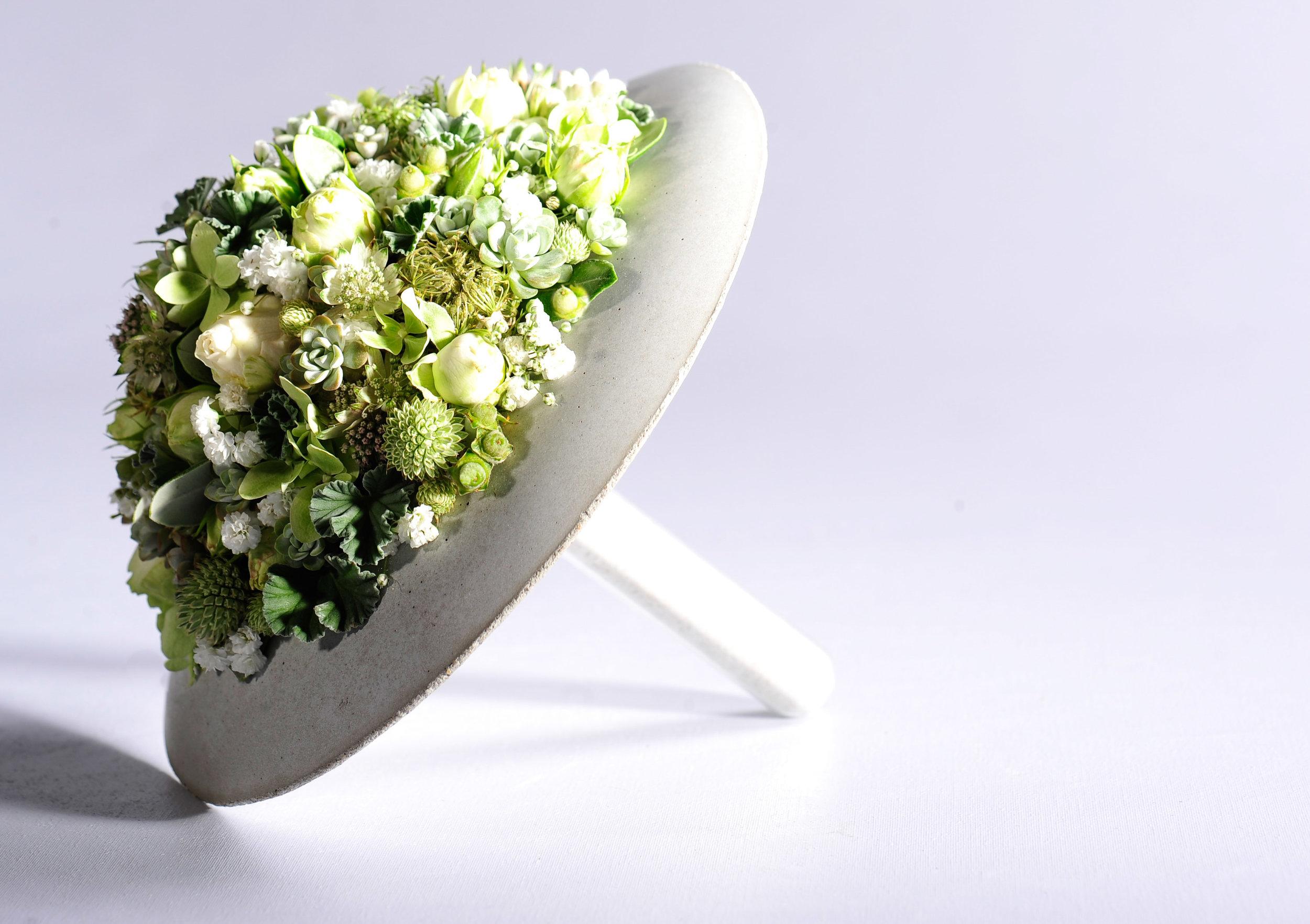 Dicht an dicht formierte Fabienne Bänziger aus Basel ihre Blütenformen um ein ruhiges, ausgeglichenes Bild zu schaffen.