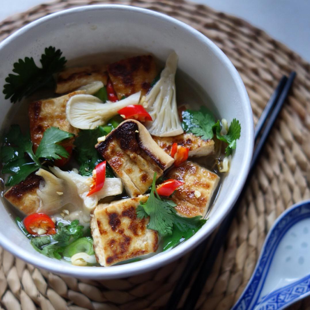 Hanoi Cà Phê   Beautifully fresh and seasonal Vietnamese Street Food,full of zing and flavour!   www.hanoicaphe.com