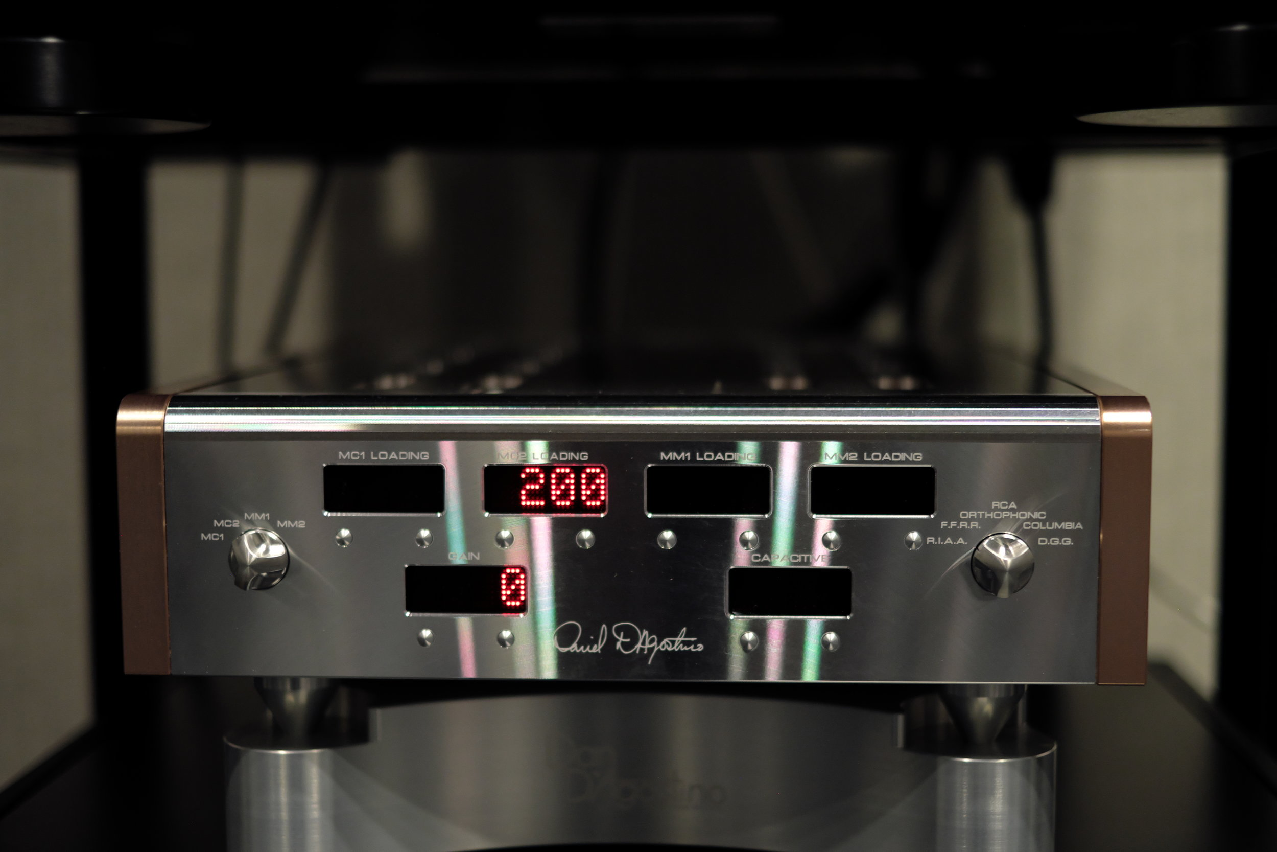 Master Audio System Momentum Phonostage Preamplifier