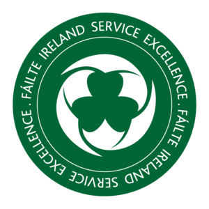 Fáilte+Service+Excellence+Badge+colour.png