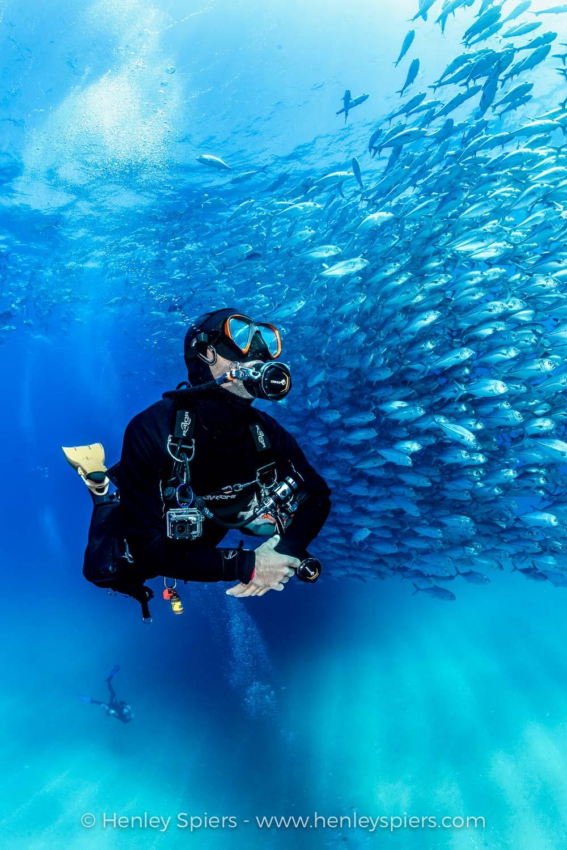 Diver_Explorer.jpg