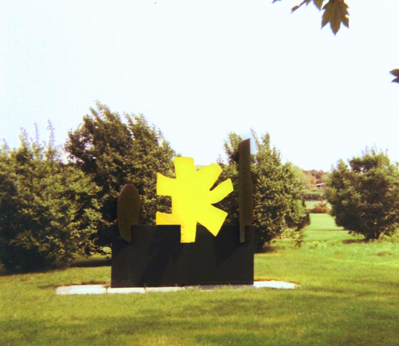 "<br><i>Petaloid</I> (East Hampton installation)<br>1968<br>96 x 96 x 48""<br>Painted steel"