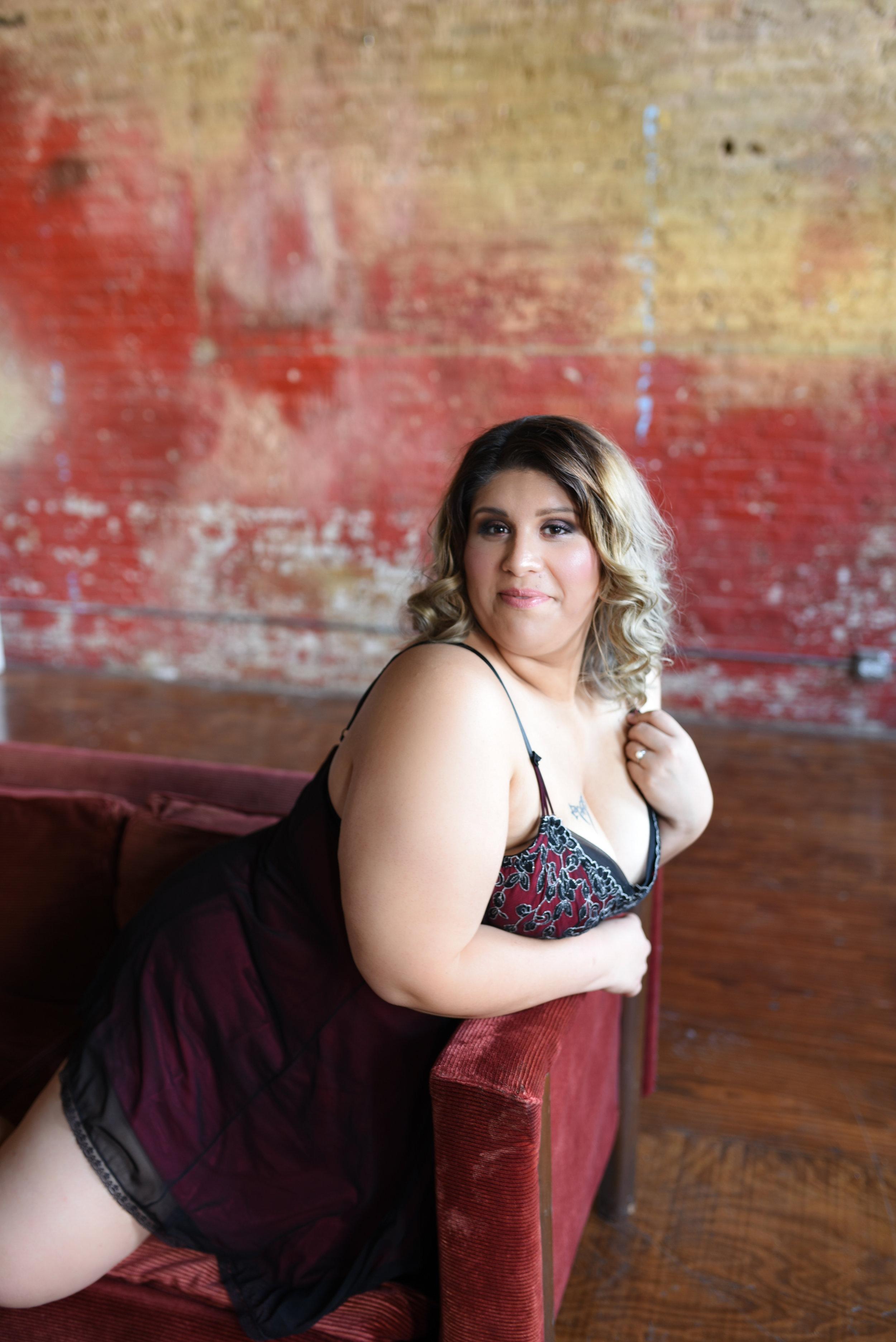 Miss B | Chicago Boudoir Session | Golden Mean Boudoir