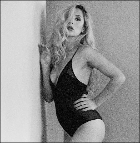 Miss Lore-17_WEB.jpg